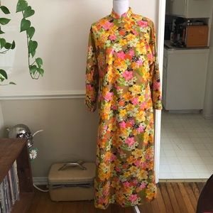 60s Vintage Yellow Floral Long Sleeve Maxi Dress
